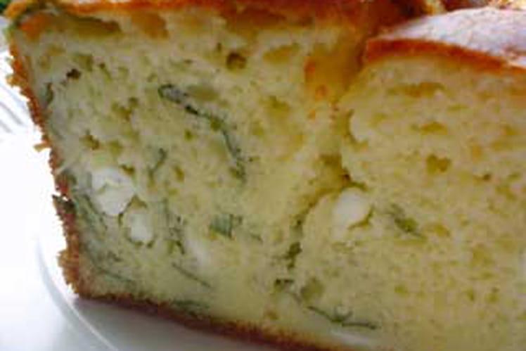 Cake à la feta et basilic