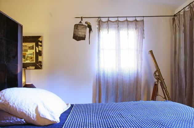 une chambre de capitaine. Black Bedroom Furniture Sets. Home Design Ideas