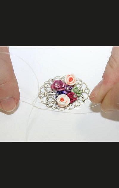 Faire un nœud avec le fil nylon