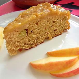 gâteau renversé aux pommes et au sirop d'érable