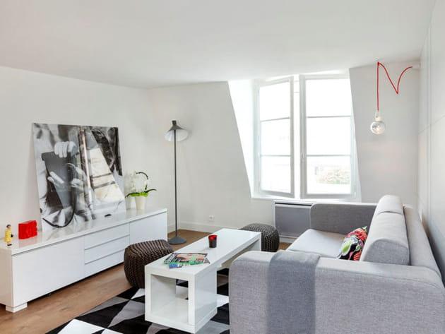 Un salon clair et moderne for Deco studio moderne
