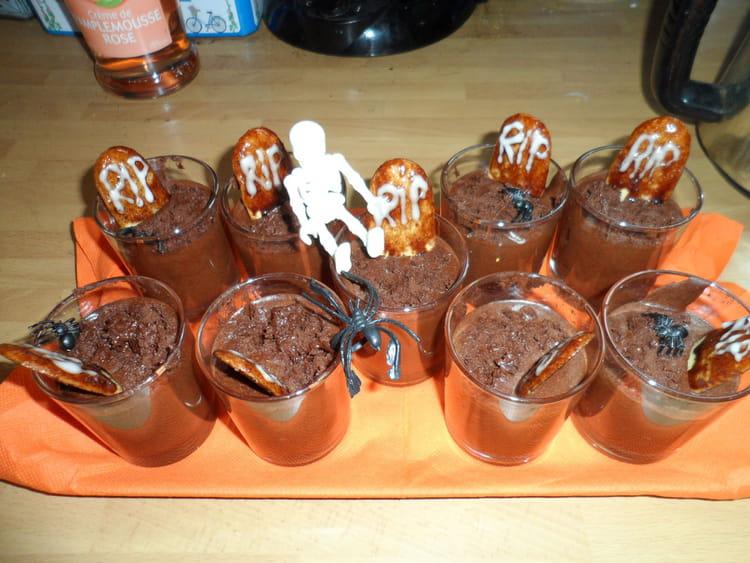 Recette de mousses au chocolat d 39 halloween la recette facile - Recette halloween facile ...