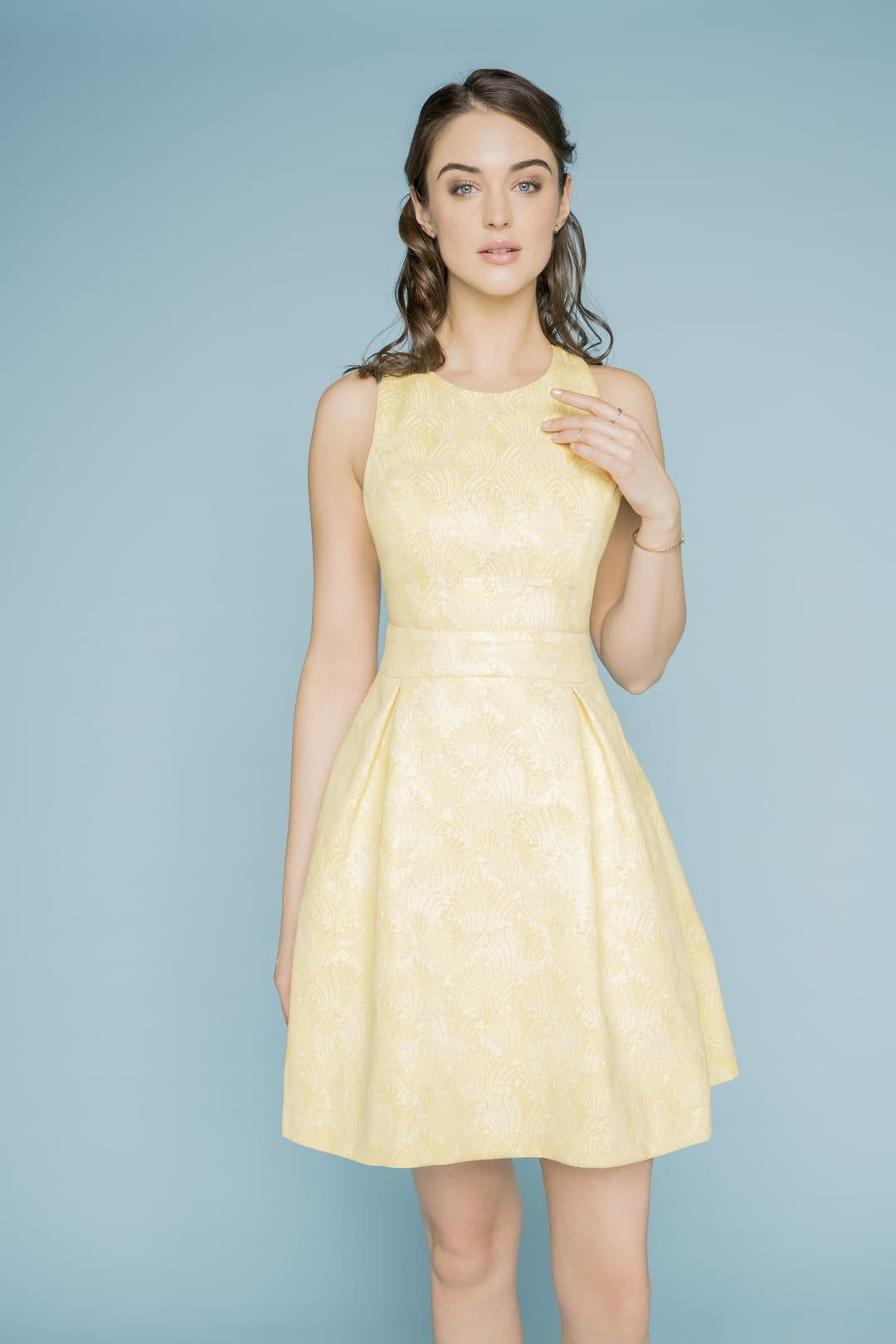une robe pastel pour demoiselles d 39 honneur. Black Bedroom Furniture Sets. Home Design Ideas