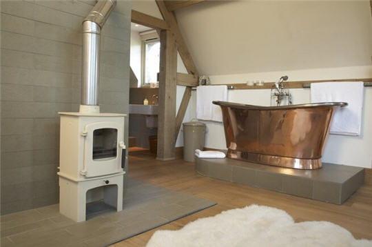 La chambre avec baignoire