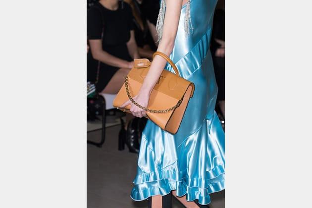Louis Vuitton (Close Up) - photo 9