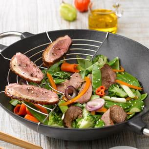 wok aux émincés de magret et légumes