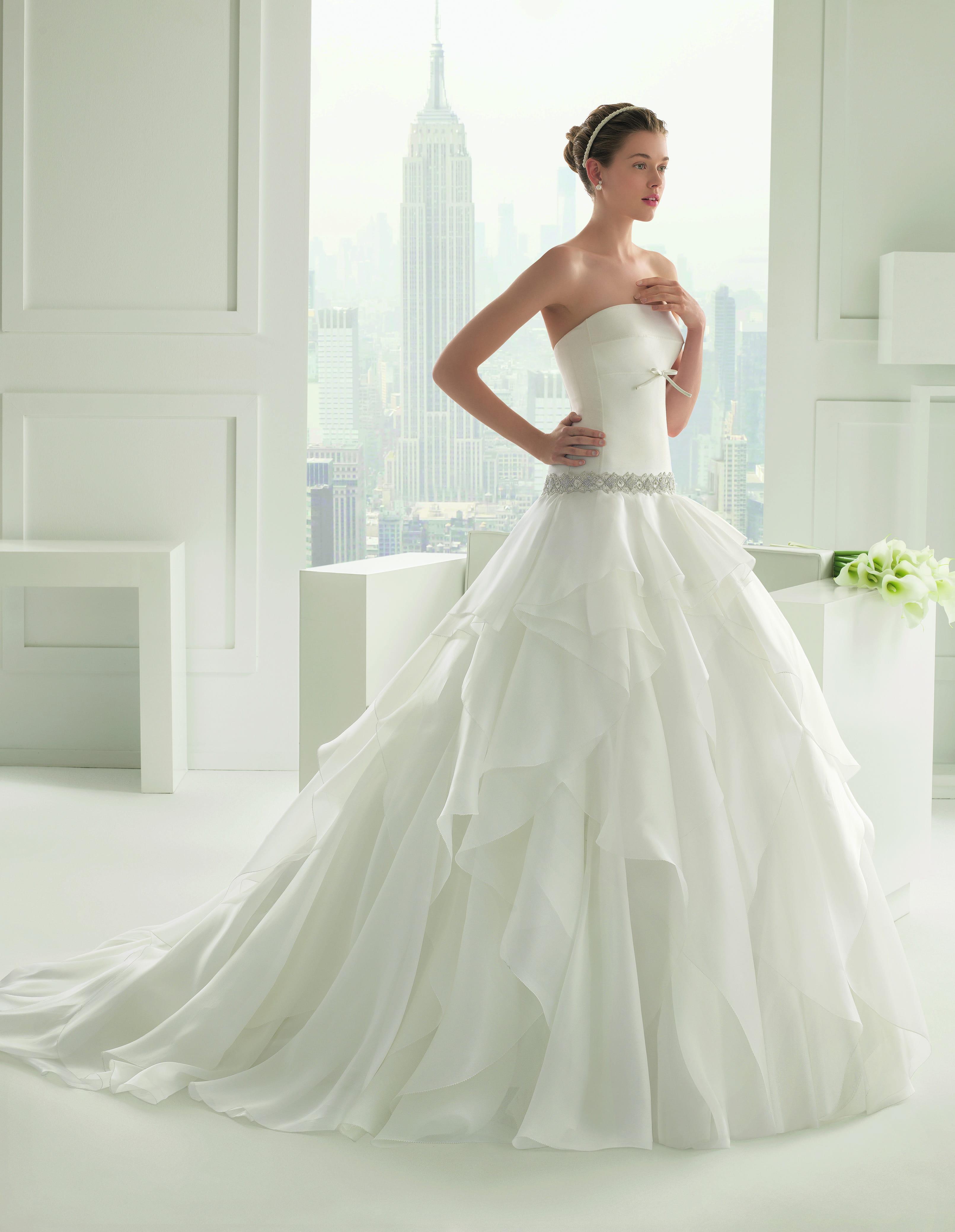Choisir une gandoura moderne ou haute couture pas cher?