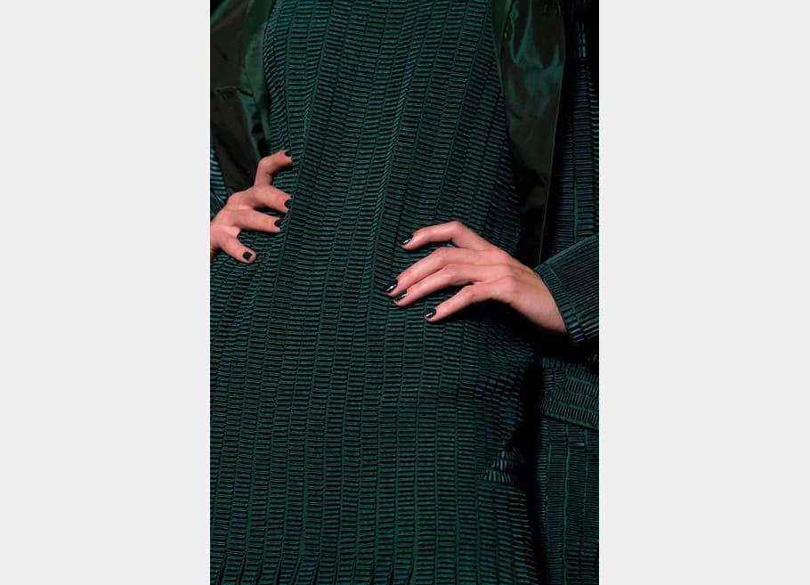 Jean Paul Gaultier (Close Up) - photo 18