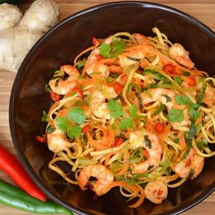 nouilles chinoises au paprika fumé, crevettes marinées au citron vert