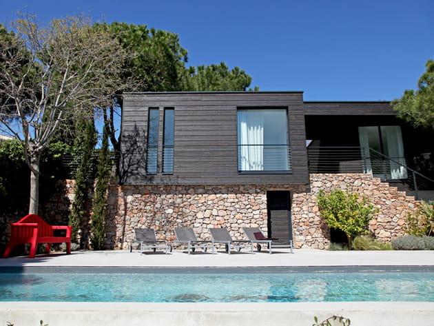 Architecture moderne mais naturelle