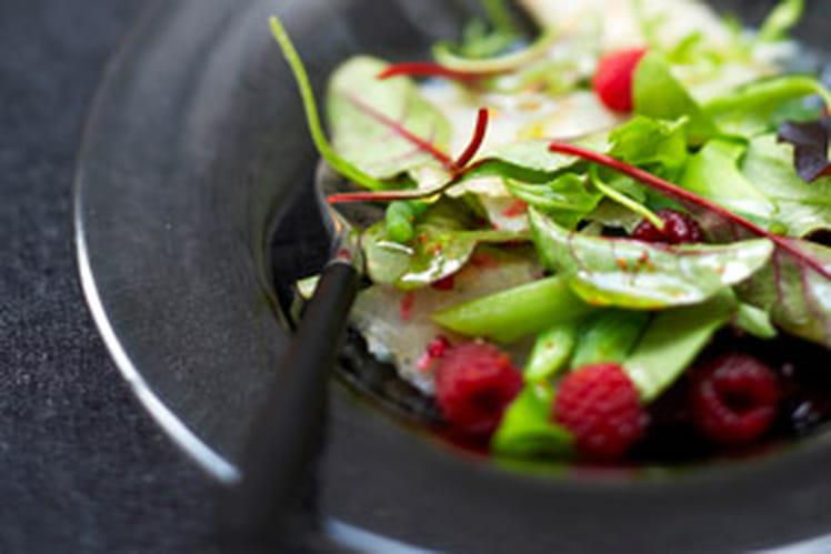 Saumon et marlin fumés, salade aux framboises