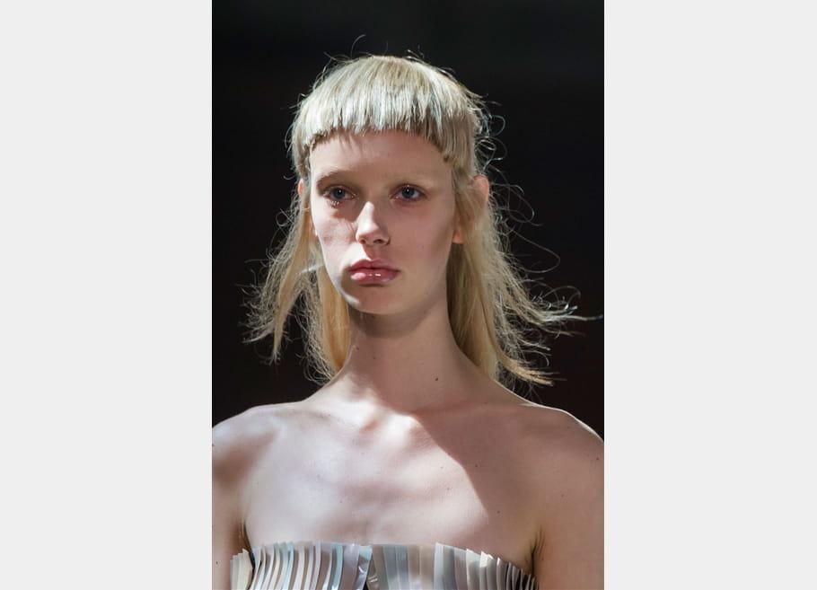 Iris Van Herpen (Close Up) - photo 6