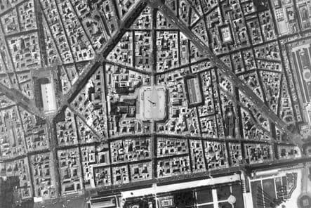 La place Vendôme en vue aérienne