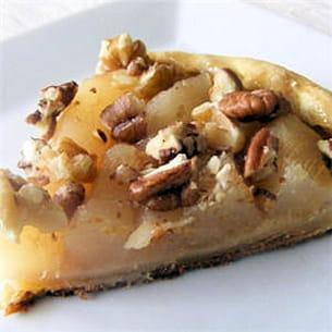 tarte pommes, poires et fruits oléagineux.