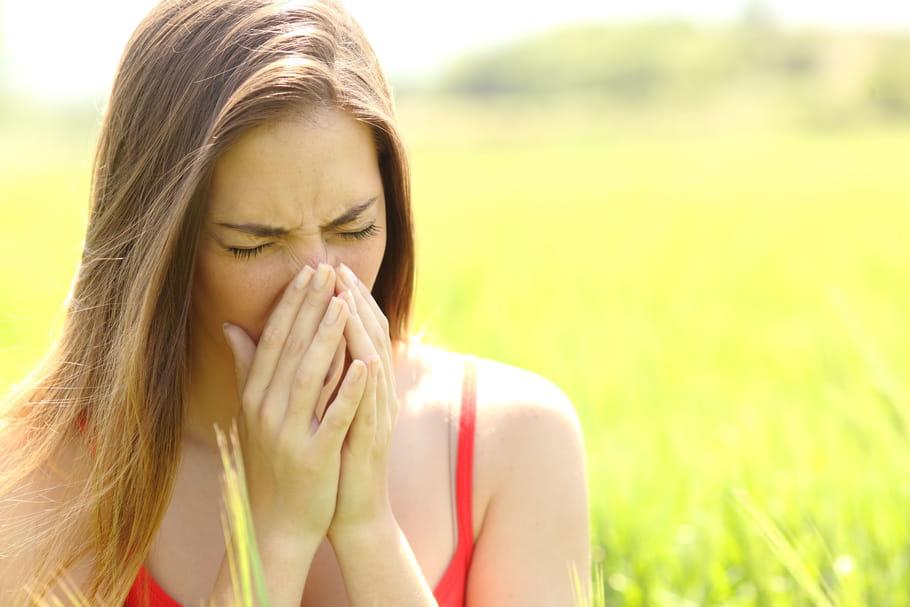 Allergie aux graminées: période, symptômes, que faire?