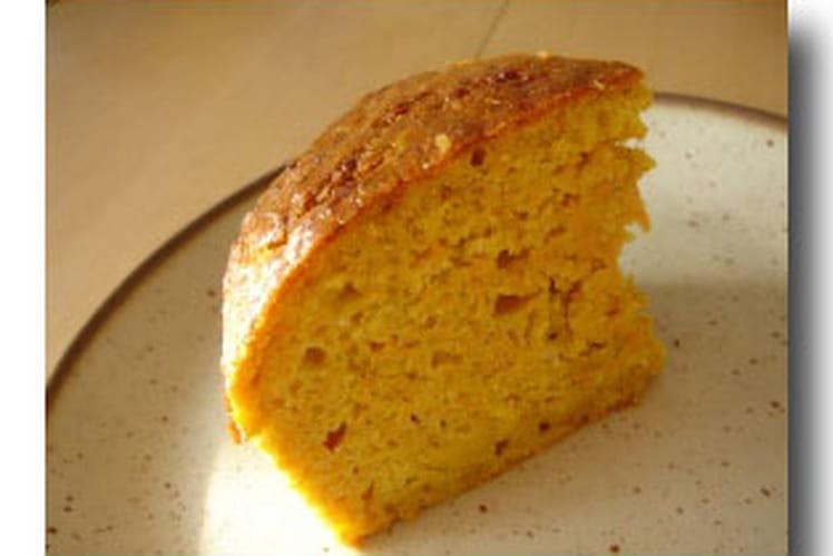 Cake aux carottes à la cannelle