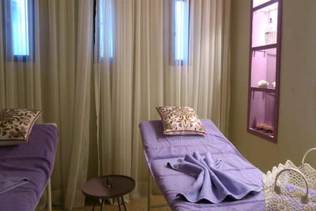 La salle de massage privée de la villa présidentielle