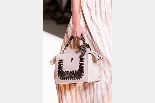 Fendi (Close Up) - photo 26