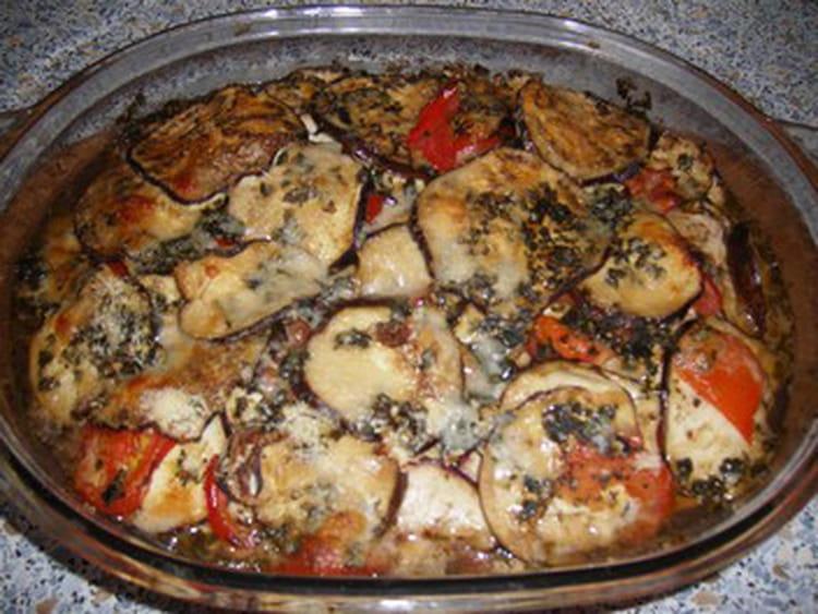 Recette de casserole d 39 aubergines et de tomates la for Petit plat facile a cuisiner