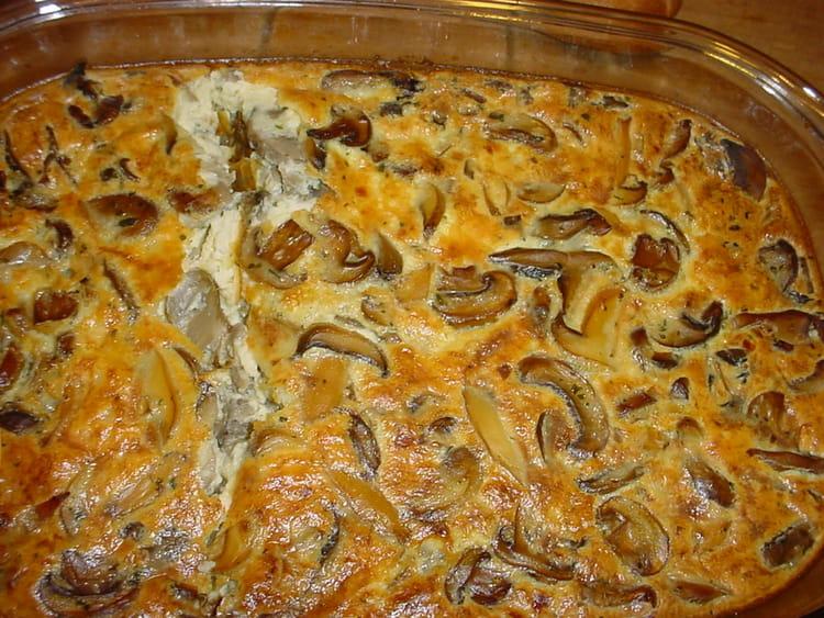 Recette de clafoutis aux champignons de paris ail et chalotes la recette facile - Champignon de paris a la poele ...
