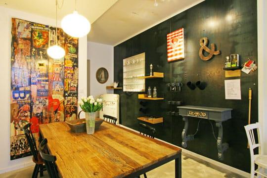 attraction murale. Black Bedroom Furniture Sets. Home Design Ideas