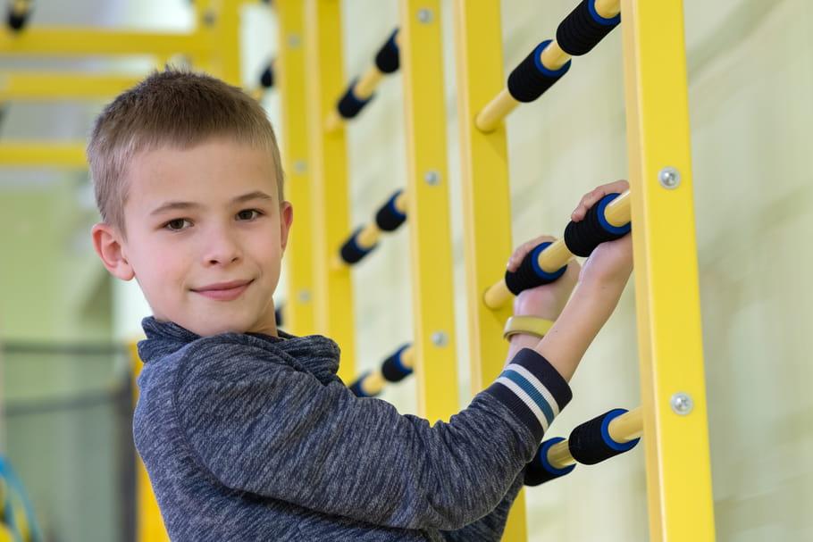 EPS à l'école: le sport en intérieur de nouveau autorisé