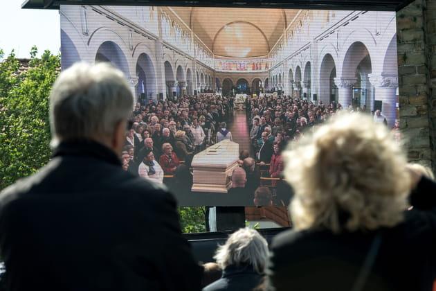 La cérémonie retransmise sur grand écran