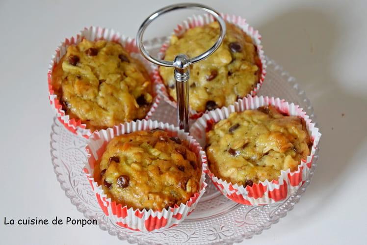 Muffins aux flocons d'avoine, banane, pomme et pépites de chocolat