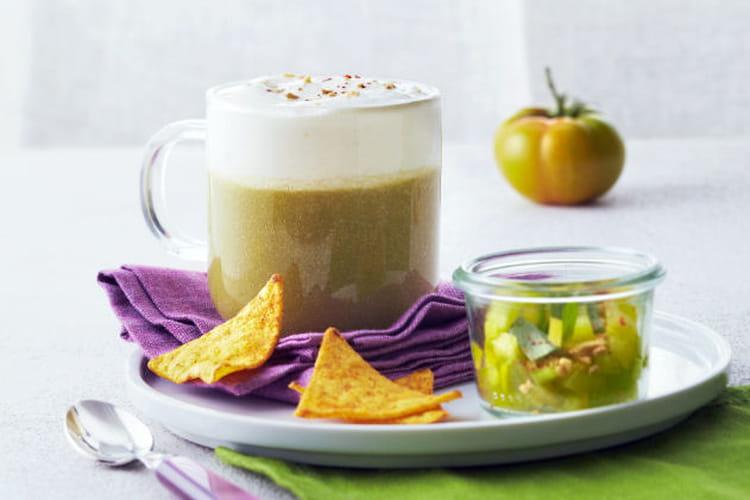 Jus de tomate et Cappuccino de fromage à la crème Elle&Vire