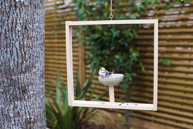 Une mangeoire à oiseaux originale à fabriquer soi-même
