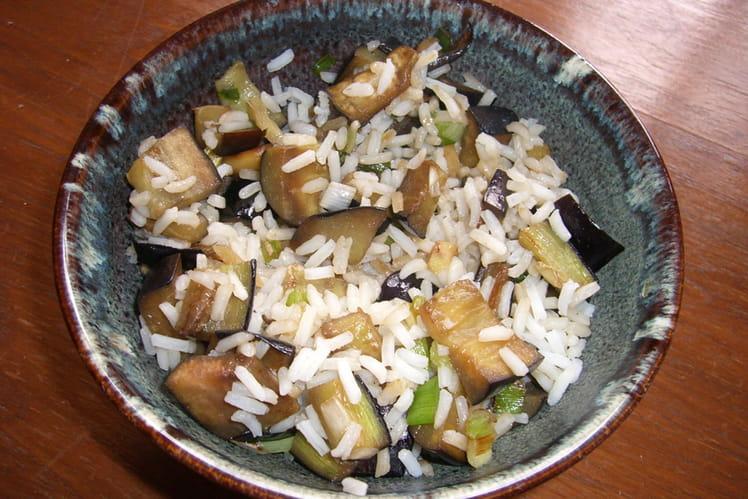 Riz aux aubergines à l'asiatique