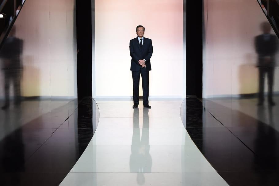 François Fillon de fil en aiguille, le dress code présidentiel