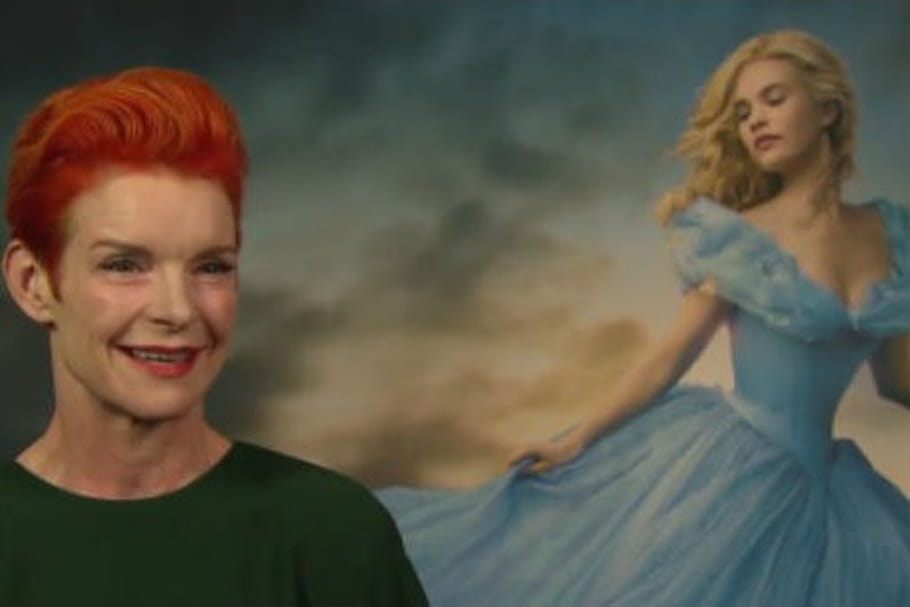 Sandy Powell: la costumière du film Cendrillon et sa version de la robe de princesse