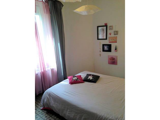 une chambre gris et rose poudr. Black Bedroom Furniture Sets. Home Design Ideas