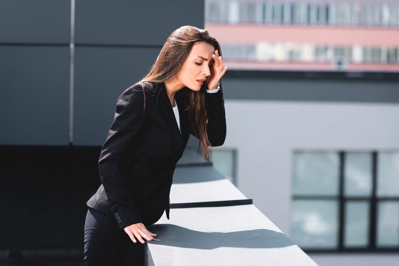 Phobie du vide (acrophobie): quelle signification, que faire?