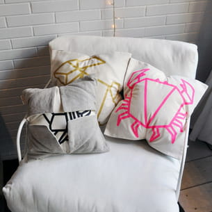 coussins origami d'origami jewellery x hellopillow