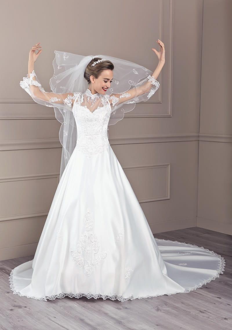 Robe de mari e berlioz de tati mariage for Concepteur de robe de mariage russe