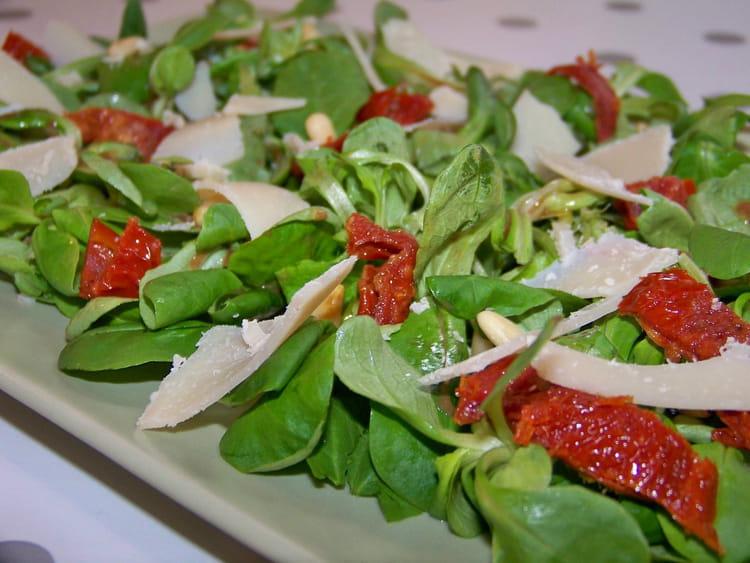 Recette de m che aux tomates s ch es la recette facile - Cuisiner des tomates sechees ...