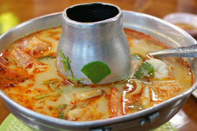 Recette de soupe tha landaise tom yam gung la recette facile - Recette cuisine thailandaise ...