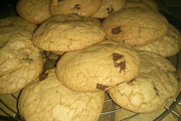 Super cookies aux pépites de chocolat