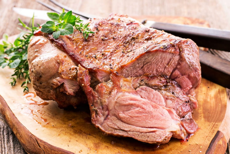 Gigot d'agneau de Pâques au four