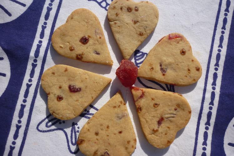 Biscuits craquants aux fraises séchées