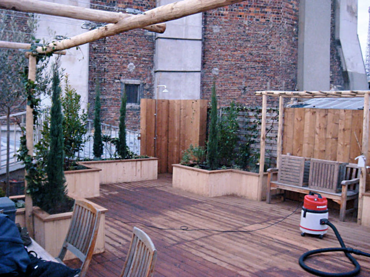 Installation du banc pergola - Youtube deco jardin paris ...