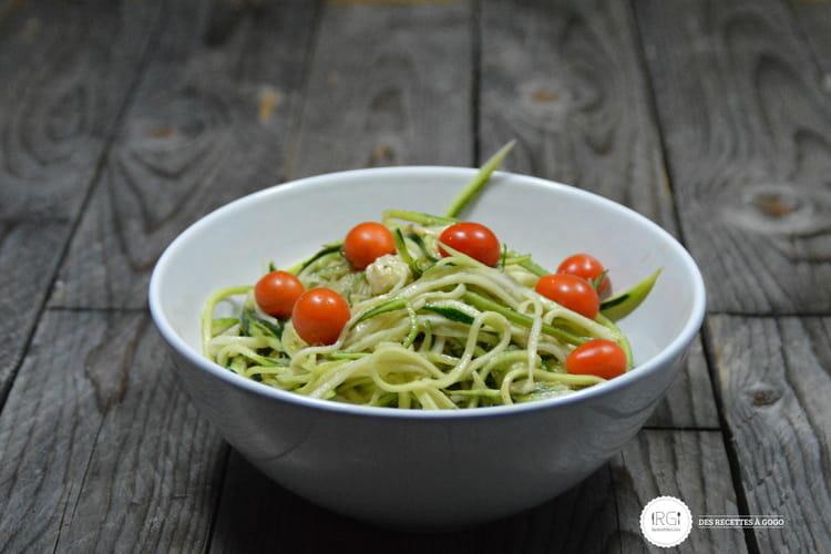 Spaghetti de courgette à la mozzarella