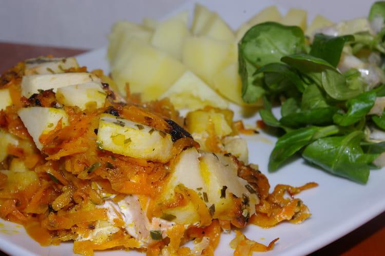 Saumon en papillote aux pommes et aux carottes
