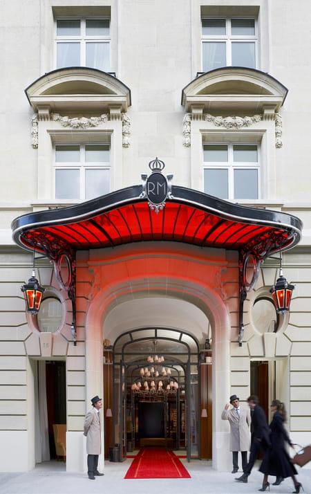 royal-monceau-facade