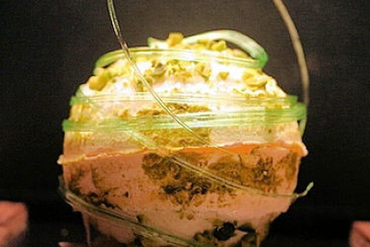 Boule de Noël pistache-vanille