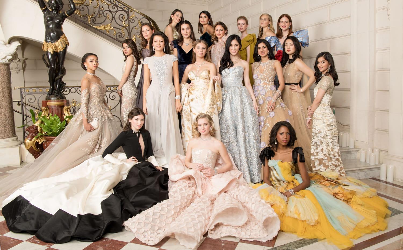Le Bal 2019: voici les 20Débutantes (Stella Belmondo, Cristina et Victoria Iglesias, Princesse Louise d'Orléans...)