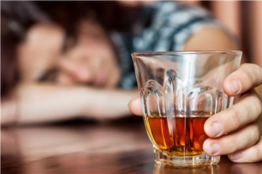 Alcool : 5 chiffres alarmants sur ses méfaits