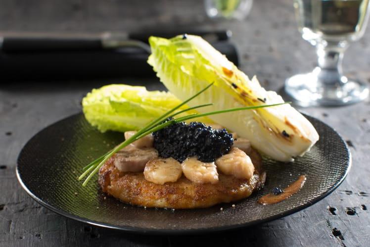 Galette de pommes de terre à la moelle de bœuf et au caviar